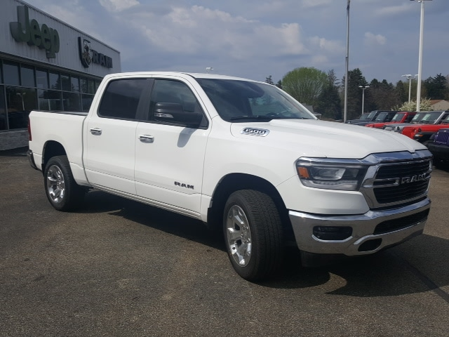 2019 Ram 1500 Crew Cab 4x4, Pickup #9R269 - photo 4