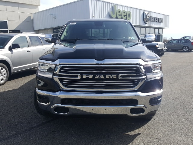 2019 Ram 1500 Crew Cab 4x4, Pickup #9R290 - photo 3