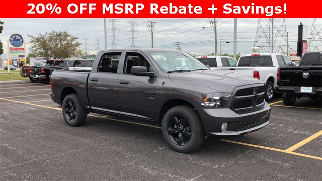 2019 Ram 1500 Crew Cab 4x4,  Pickup #D190248 - photo 1