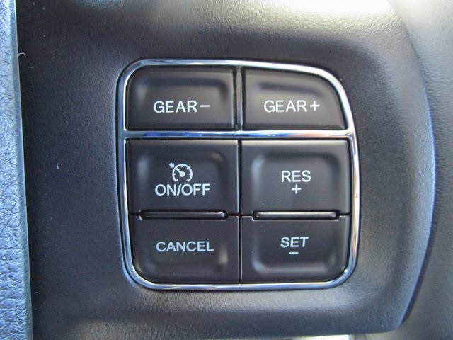2019 Ram 1500 Crew Cab 4x4,  Pickup #D190277 - photo 15
