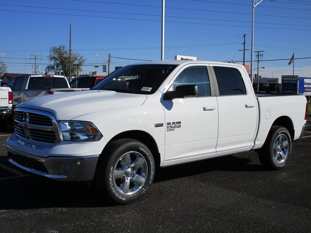2019 Ram 1500 Crew Cab 4x4,  Pickup #D190277 - photo 1