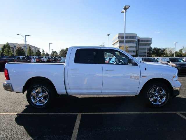 2019 Ram 1500 Crew Cab 4x4,  Pickup #D190277 - photo 8
