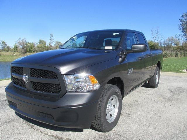 2019 Ram 1500 Quad Cab 4x4,  Pickup #D190280 - photo 1