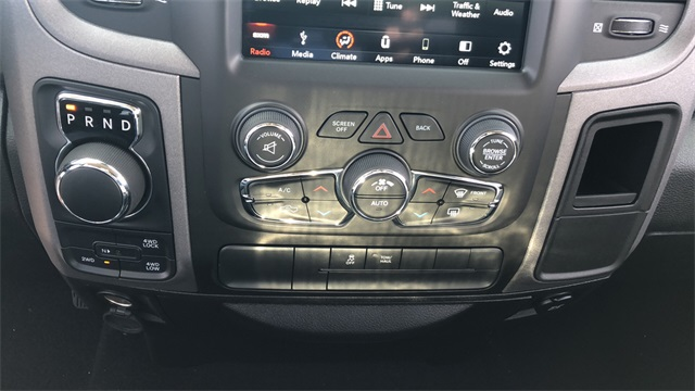 2019 Ram 1500 Crew Cab 4x4,  Pickup #D190330 - photo 17