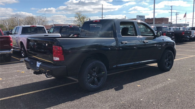 2019 Ram 1500 Crew Cab 4x4,  Pickup #D190330 - photo 5