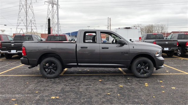 2019 Ram 1500 Quad Cab 4x4,  Pickup #D190344 - photo 4