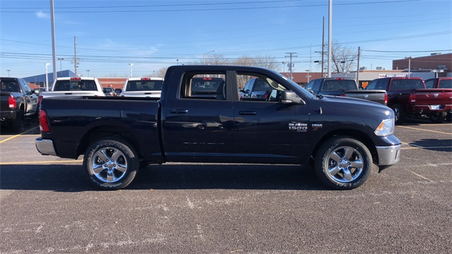 2019 Ram 1500 Crew Cab 4x4,  Pickup #D190415 - photo 4