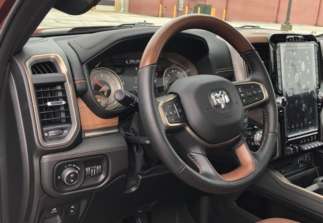 2019 Ram 1500 Crew Cab 4x4,  Pickup #D190774 - photo 9