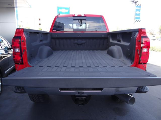 2018 Silverado 2500 Crew Cab 4x4,  Pickup #180452 - photo 19