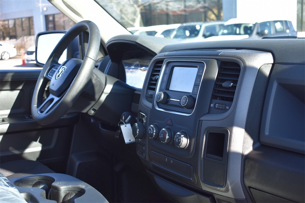 2019 Ram 1500 Crew Cab 4x4,  Pickup #R2071 - photo 15