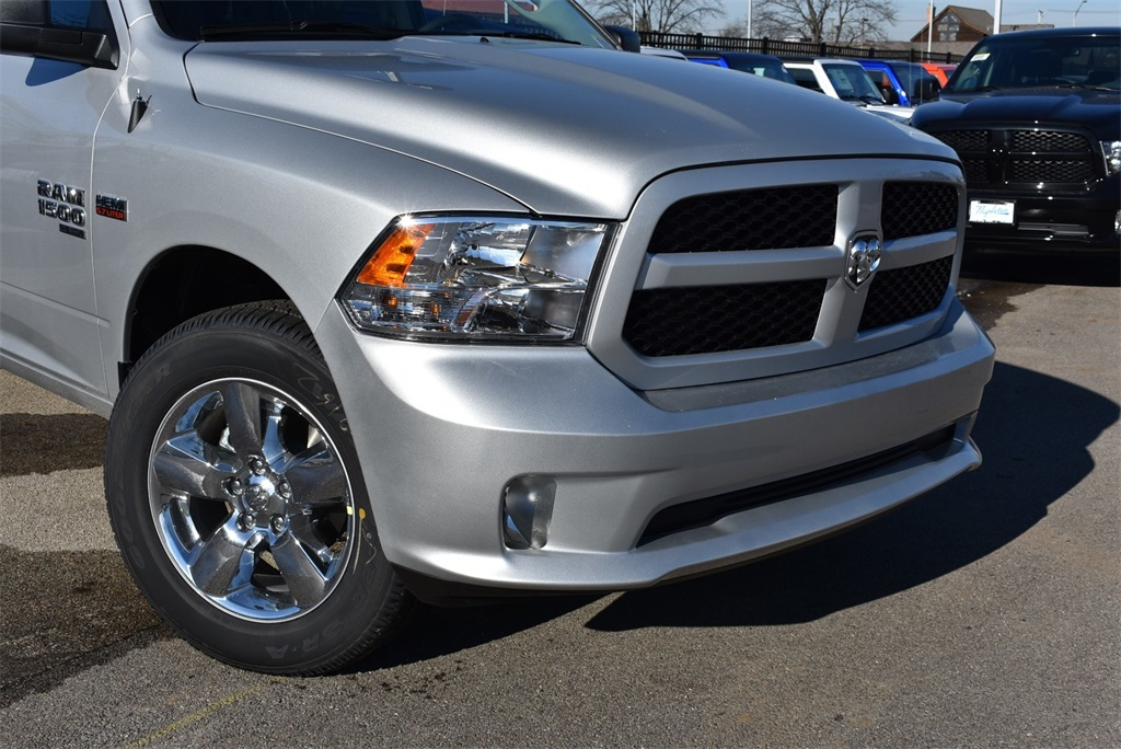 2019 Ram 1500 Crew Cab 4x4,  Pickup #R2071 - photo 3