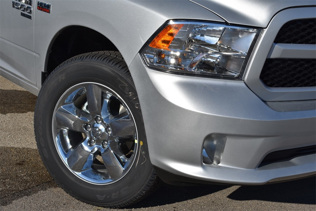 2019 Ram 1500 Crew Cab 4x4,  Pickup #R2071 - photo 4