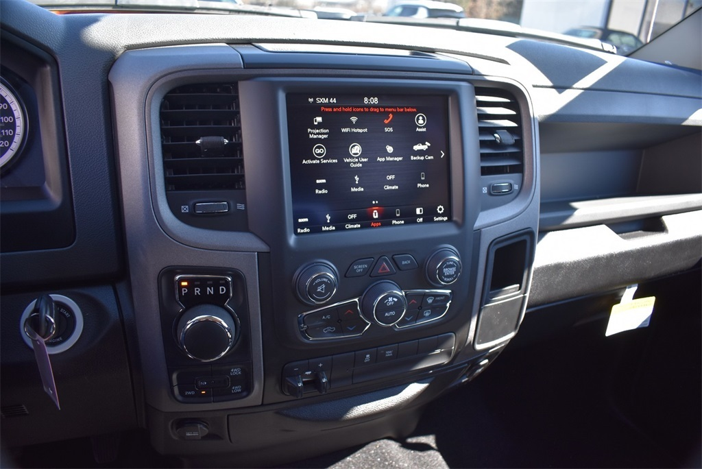 2019 Ram 1500 Crew Cab 4x4, Pickup #KS615255 - photo 29