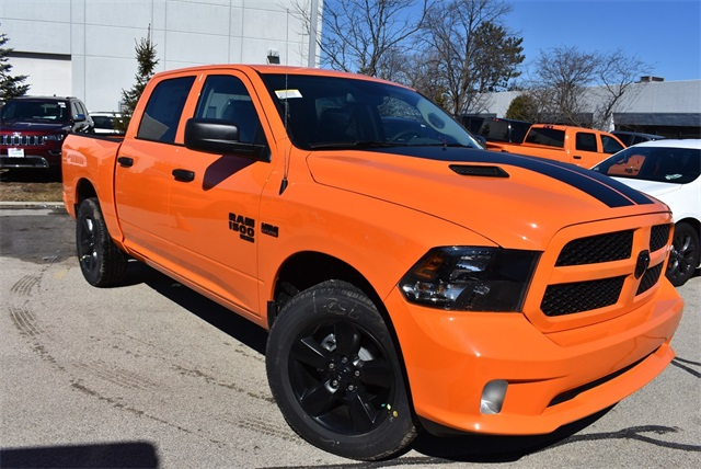 2019 Ram 1500 Crew Cab 4x4, Pickup #R2180 - photo 19
