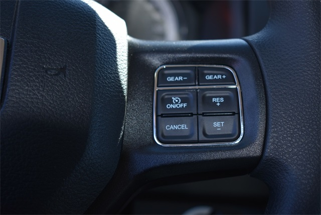 2019 Ram 1500 Crew Cab 4x4, Pickup #R2180 - photo 3