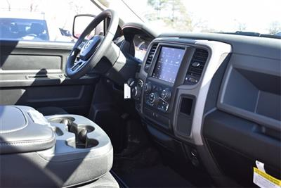 2019 Ram 1500 Crew Cab 4x4, Pickup #R2180 - photo 21