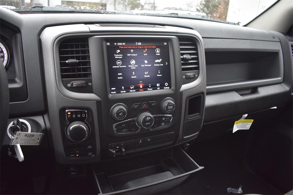 2019 Ram 1500 Crew Cab 4x4, Pickup #R2200 - photo 29