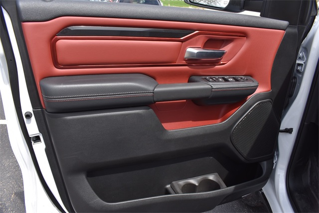 2019 Ram 1500 Crew Cab 4x4, Pickup #R2234 - photo 18