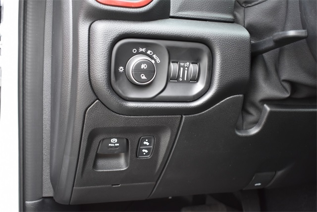 2019 Ram 1500 Crew Cab 4x4, Pickup #R2234 - photo 20