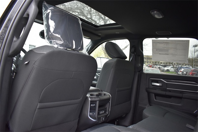 2019 Ram 2500 Crew Cab 4x4, Pickup #R2248 - photo 18