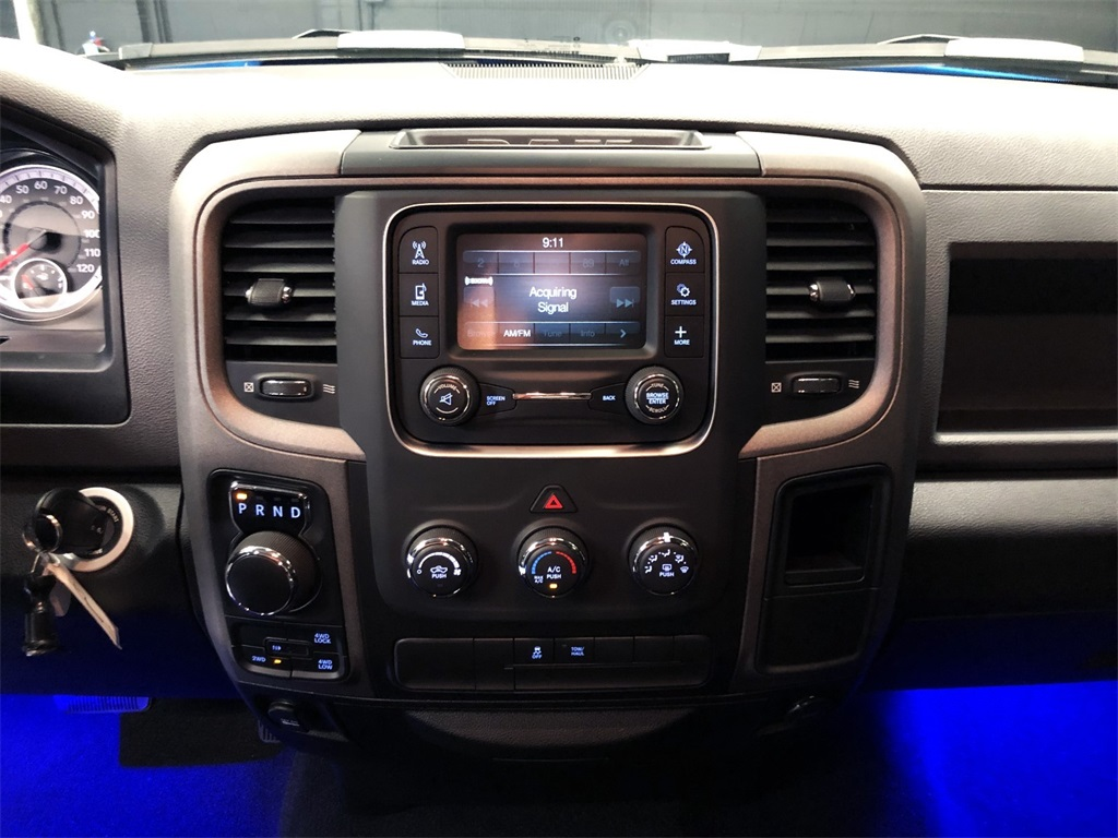 2019 Ram 1500 Crew Cab 4x4,  Pickup #R2254LFT - photo 18