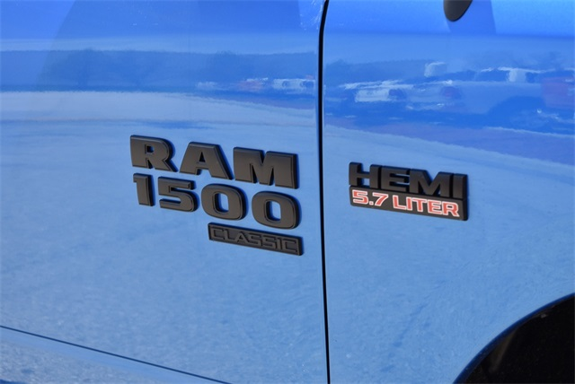 2019 Ram 1500 Crew Cab 4x4, Pickup #R2265 - photo 5