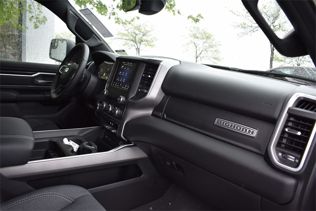 2019 Ram 1500 Crew Cab 4x4, Pickup #R2273 - photo 12