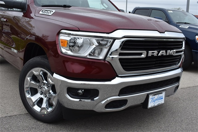 2019 Ram 1500 Crew Cab 4x4, Pickup #R2278 - photo 3