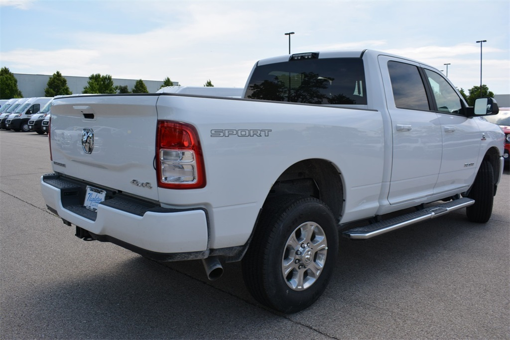 2019 Ram 2500 Crew Cab 4x4, Pickup #KG579397 - photo 2