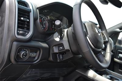 2019 Ram 2500 Crew Cab 4x4, Pickup #KG579397 - photo 18