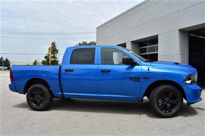 2019 Ram 1500 Crew Cab 4x4, Pickup #R2338 - photo 6