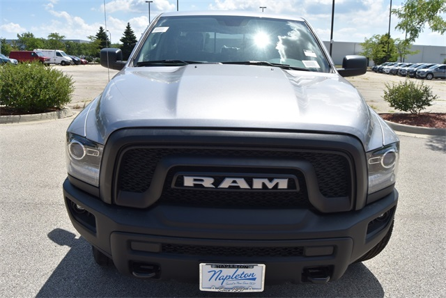 2019 Ram 1500 Crew Cab 4x4, Pickup #R2355 - photo 9