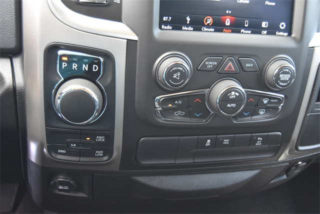 2019 Ram 1500 Crew Cab 4x4, Pickup #R2355 - photo 25