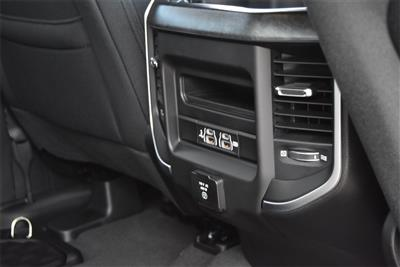2020 Ram 1500 Crew Cab 4x4, Pickup #LN147218 - photo 15