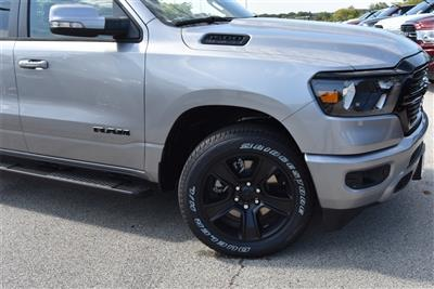 2020 Ram 1500 Crew Cab 4x4, Pickup #LN147218 - photo 4