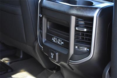 2020 Ram 1500 Crew Cab 4x4, Pickup #R2384 - photo 14