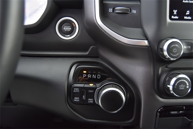 2020 Ram 1500 Crew Cab 4x4, Pickup #R2405 - photo 22