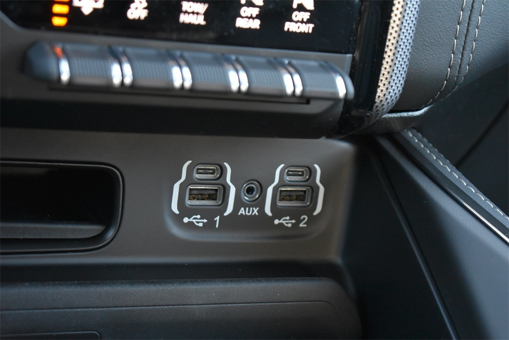 2020 Ram 1500 Crew Cab 4x4, Pickup #R2447 - photo 29