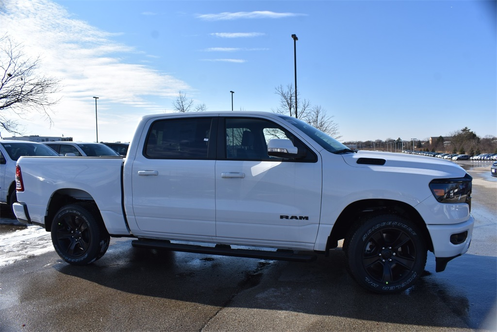 2020 Ram 1500 Crew Cab 4x4, Pickup #R2457 - photo 4