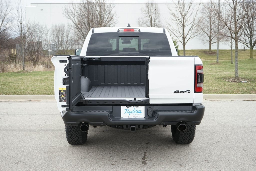 2020 Ram 1500 Crew Cab 4x4, Pickup #R2503 - photo 10