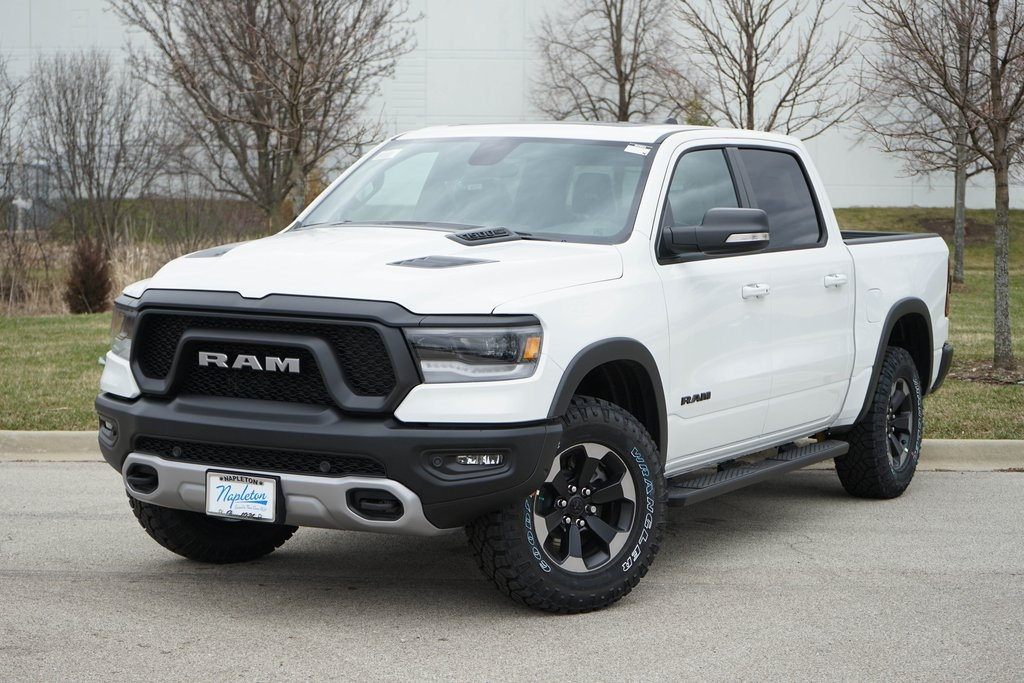 2020 Ram 1500 Crew Cab 4x4, Pickup #R2503 - photo 3