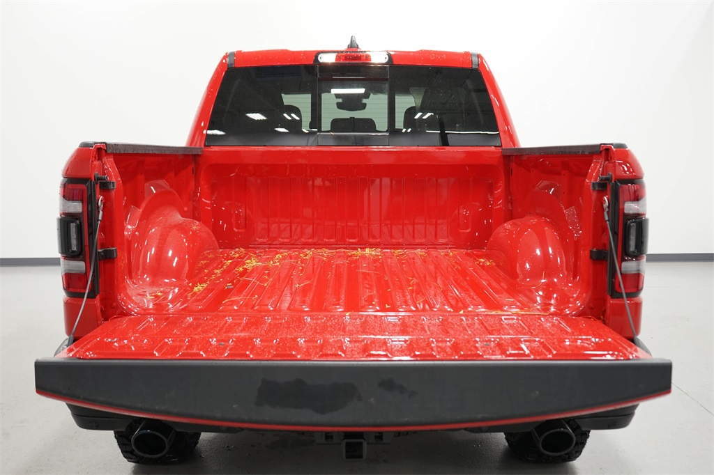 2020 Ram 1500 Crew Cab 4x4, Pickup #R2709 - photo 8