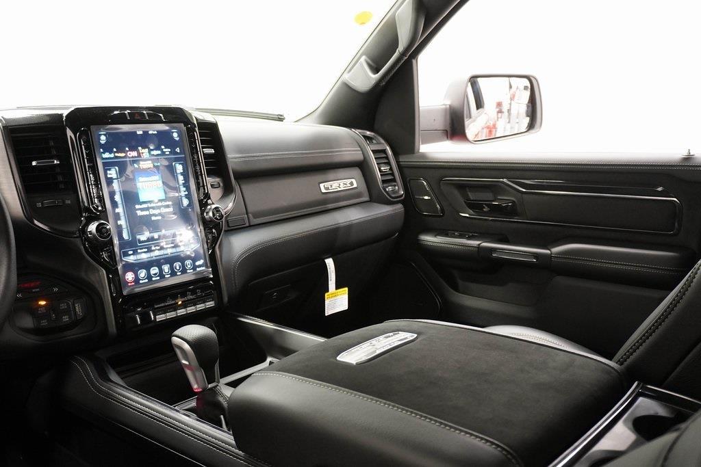 2021 Ram 1500 Crew Cab 4x4, Pickup #R2892 - photo 27