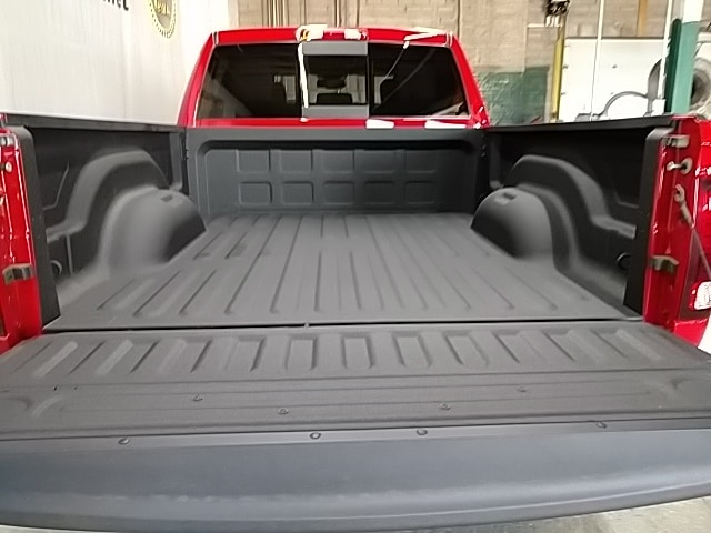 2018 Ram 2500 Crew Cab 4x4, Pickup #G231702 - photo 5