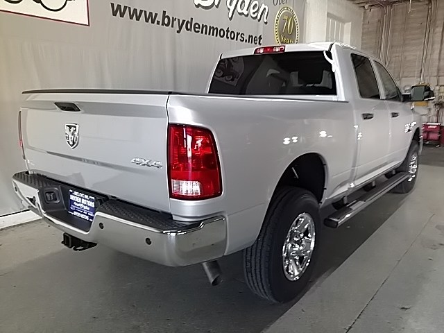 2018 Ram 2500 Crew Cab 4x4, Pickup #G259918 - photo 2