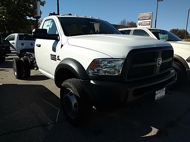 2018 Ram 5500 Regular Cab DRW 4x2,  Cab Chassis #G352260 - photo 1