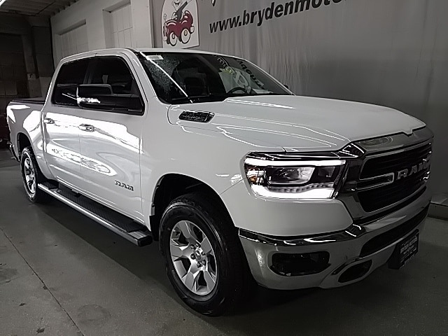 2019 Ram 1500 Crew Cab 4x4,  Pickup #N538197 - photo 3