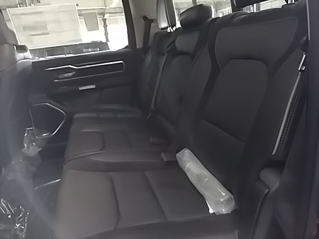 2019 Ram 1500 Crew Cab 4x4,  Pickup #N560609 - photo 11