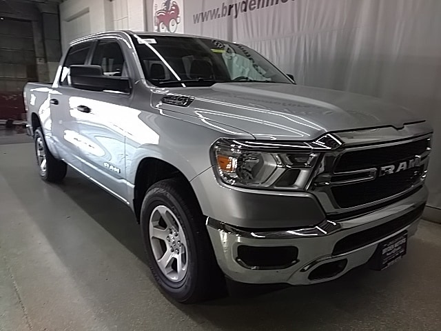 2019 Ram 1500 Crew Cab 4x4,  Pickup #N583001 - photo 3