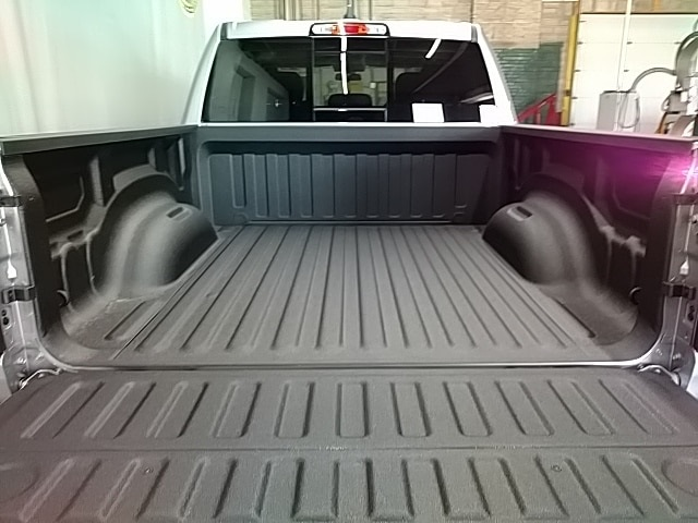 2019 Ram 1500 Crew Cab 4x4,  Pickup #N583001 - photo 5